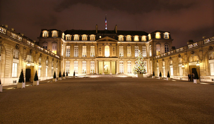 Le prix moyen d'un bien immobilier est de 220 000 euros en France